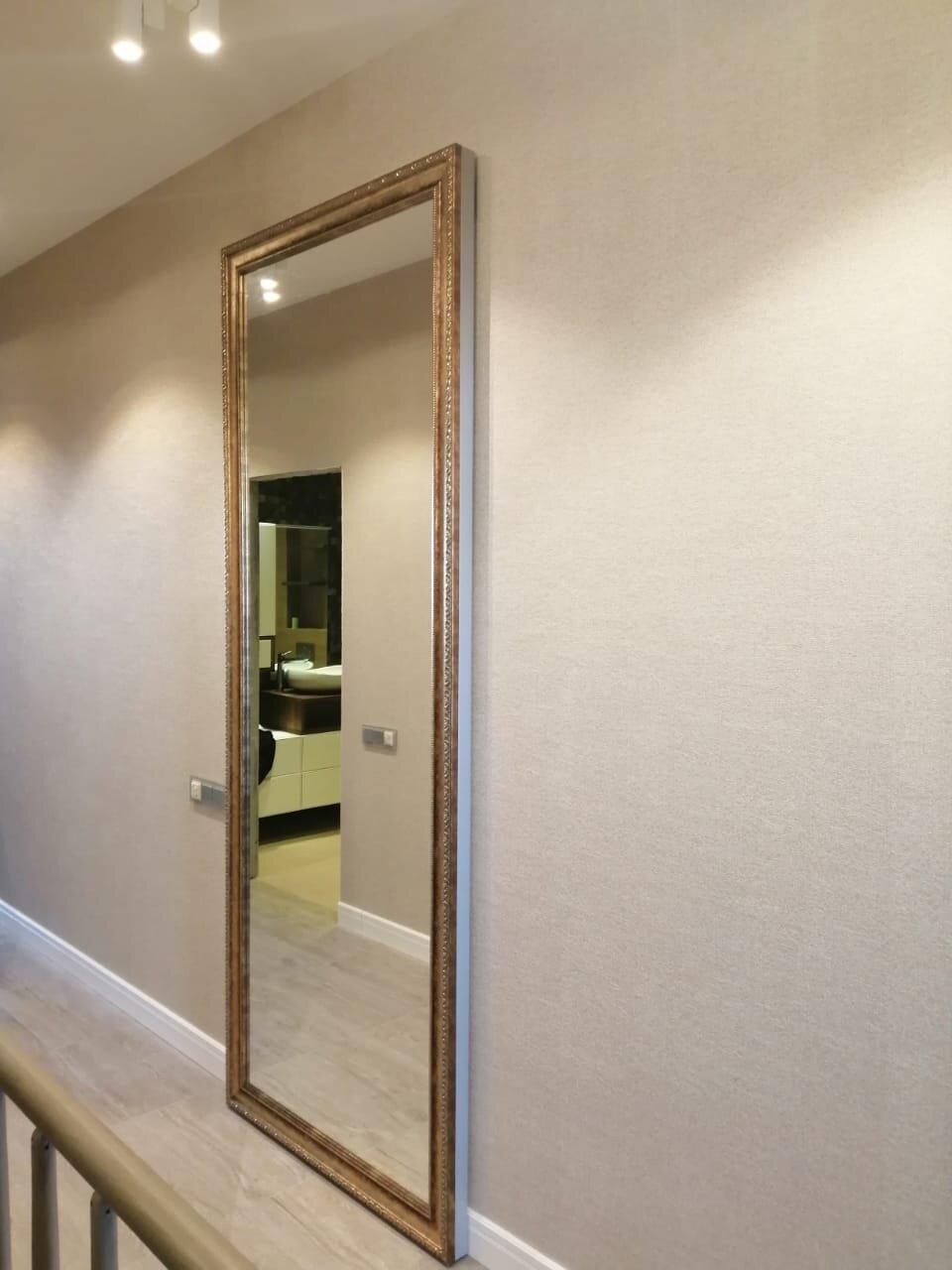 Раздвижная зеркальная дверь на механизме HIDDEN
