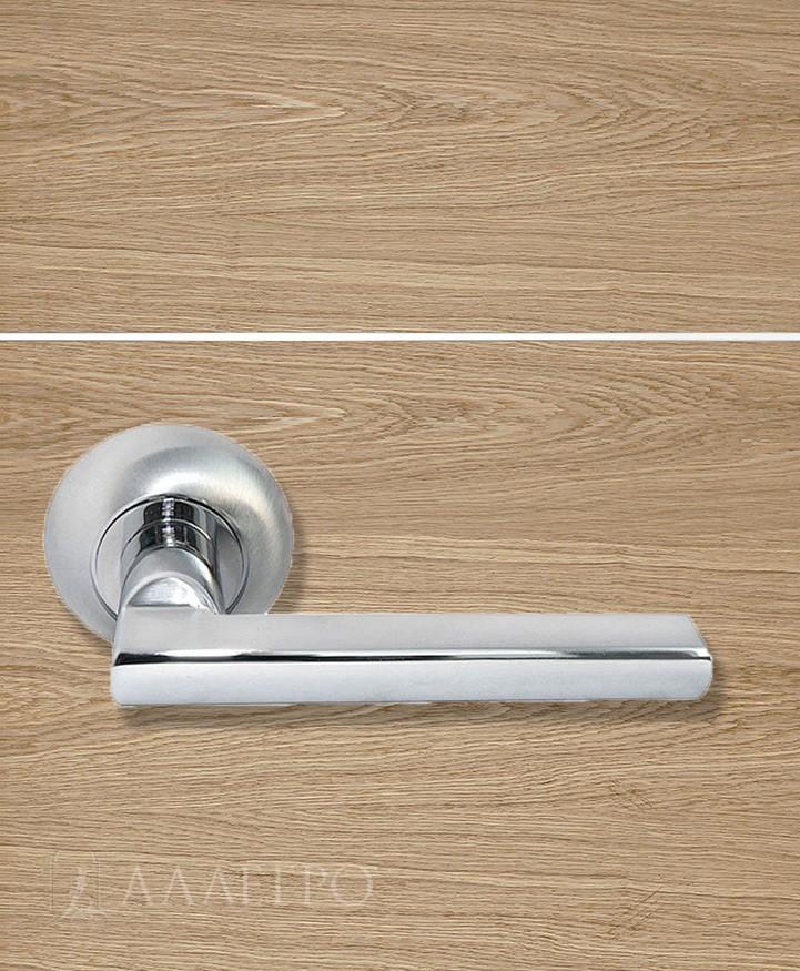 Стильная и удобная дверная ручка Morelli MH 25