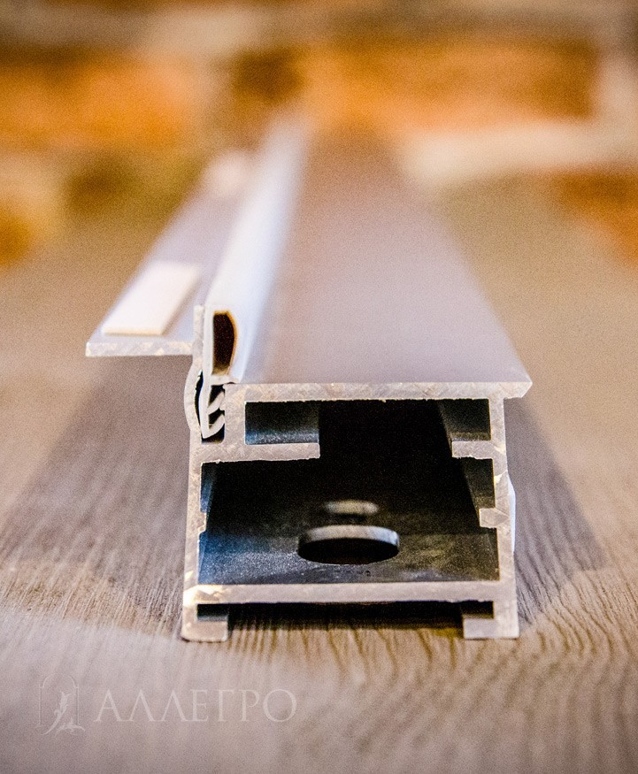 Скрытая коробка Invisible на 100% состоит из авиационного алюминия