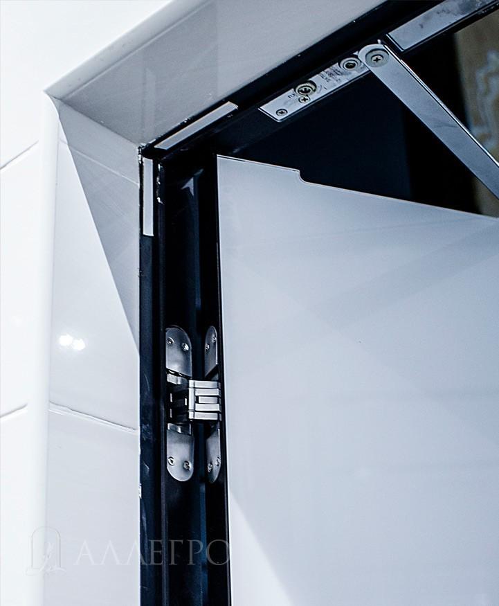 Вид изнутри 2.Подведение плитки с обратной стороны.Сверху скрытый доводчик