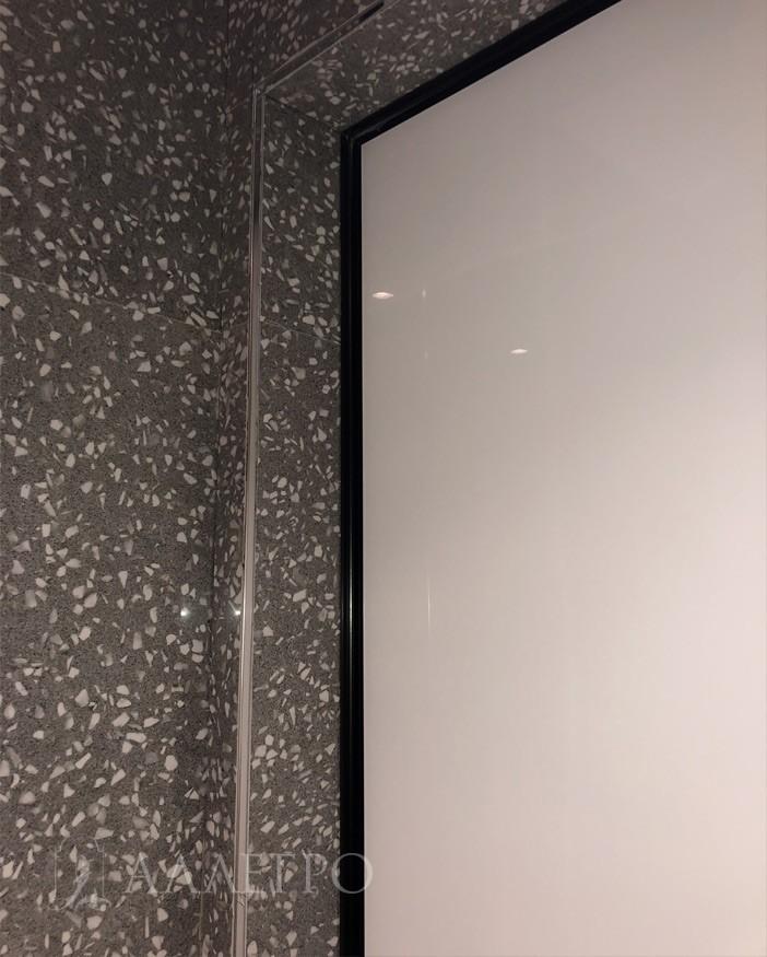 Профиль скрытой коробки черный, полотно стеклянное белое