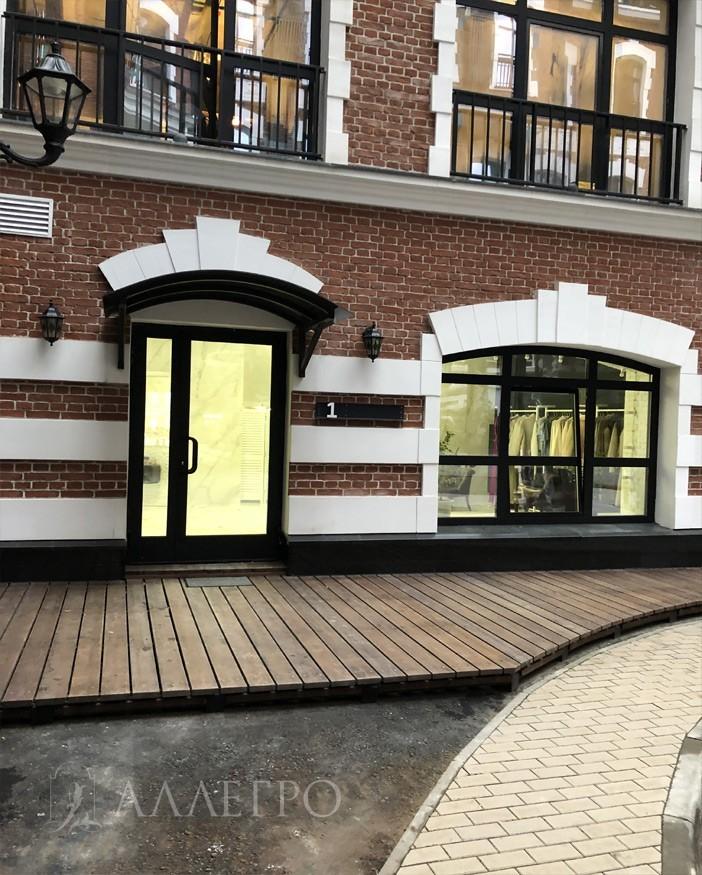 Двери данной модели были установлены в швейной мастерской, которая занимается пошивом индивидуальных заказов по адресу: г.Москва, ул.Н.Красносельская, д.35 стр.1