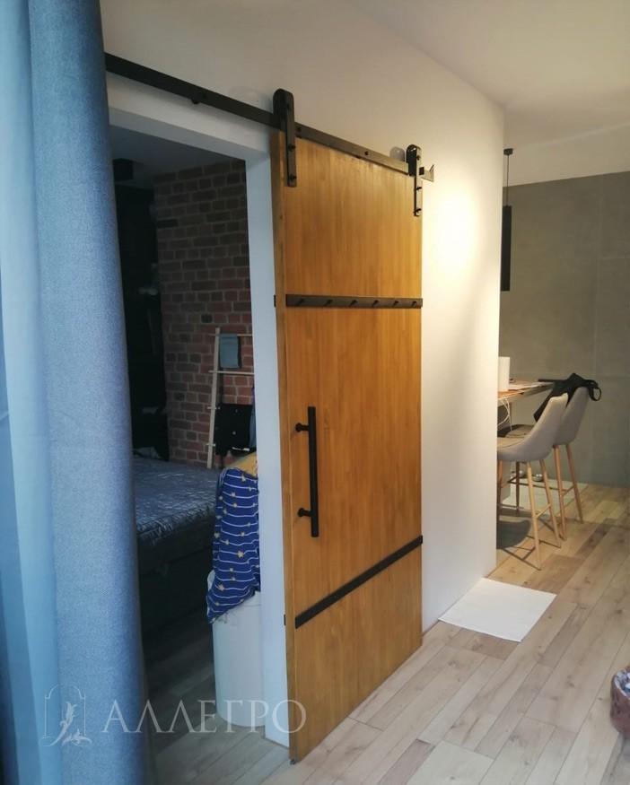 Амбарная дверь лофт на раздвижном механизме. Выполнена на 100% из массива сосны