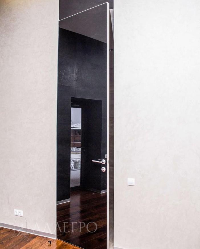 Стеклянные двери с черным глянцем с внешним открыванием