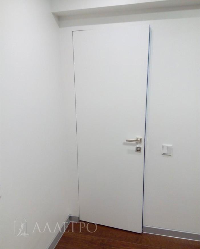Аллегро комбинированная со скрытой коробкой, приоткрытая