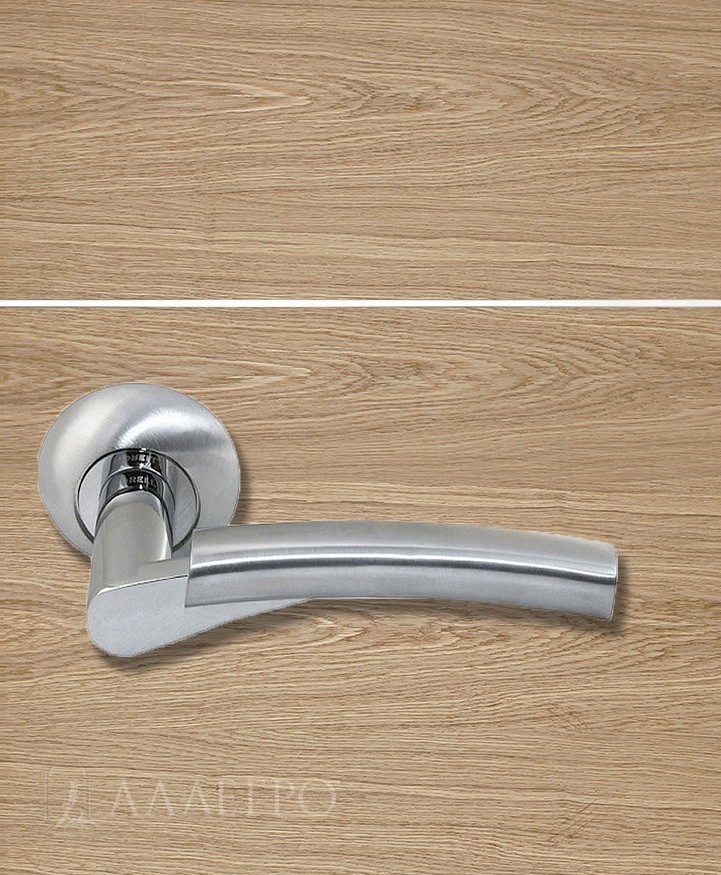 Стильная и удобная дверная ручка Morelli MH 19
