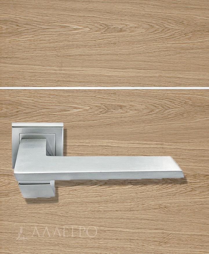 Стильная и удобная дверная ручка Morelli MH 29