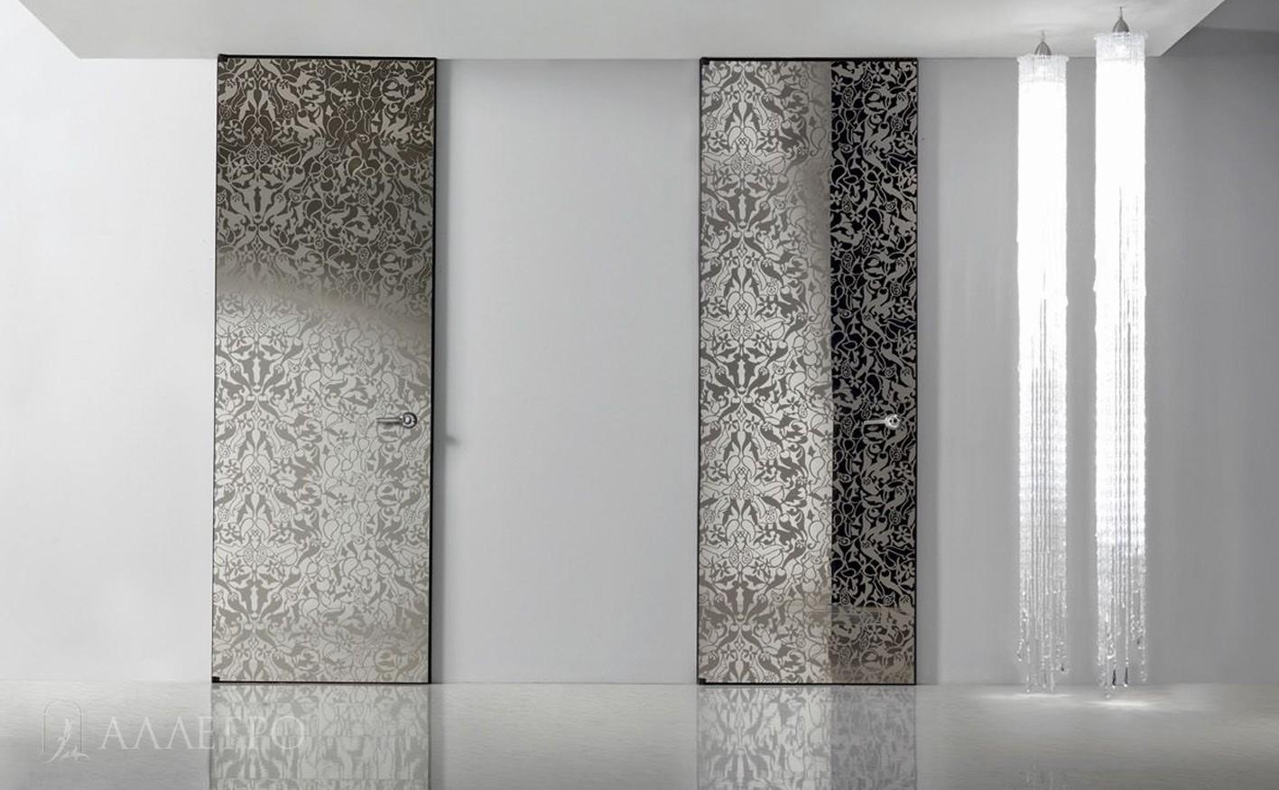 Стеклянные двери с декоративным рисунком