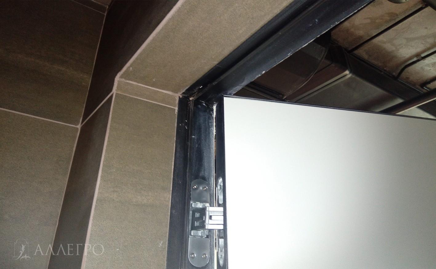 Примыкание плитки к внутренней части коробки