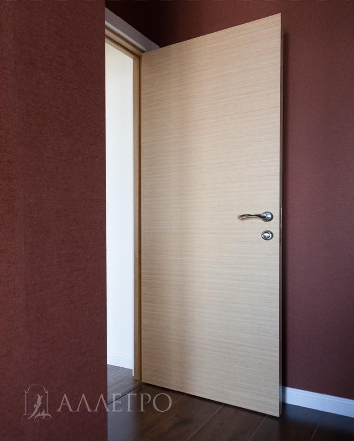 Межкомнатные двери из шпона с обратной стороны