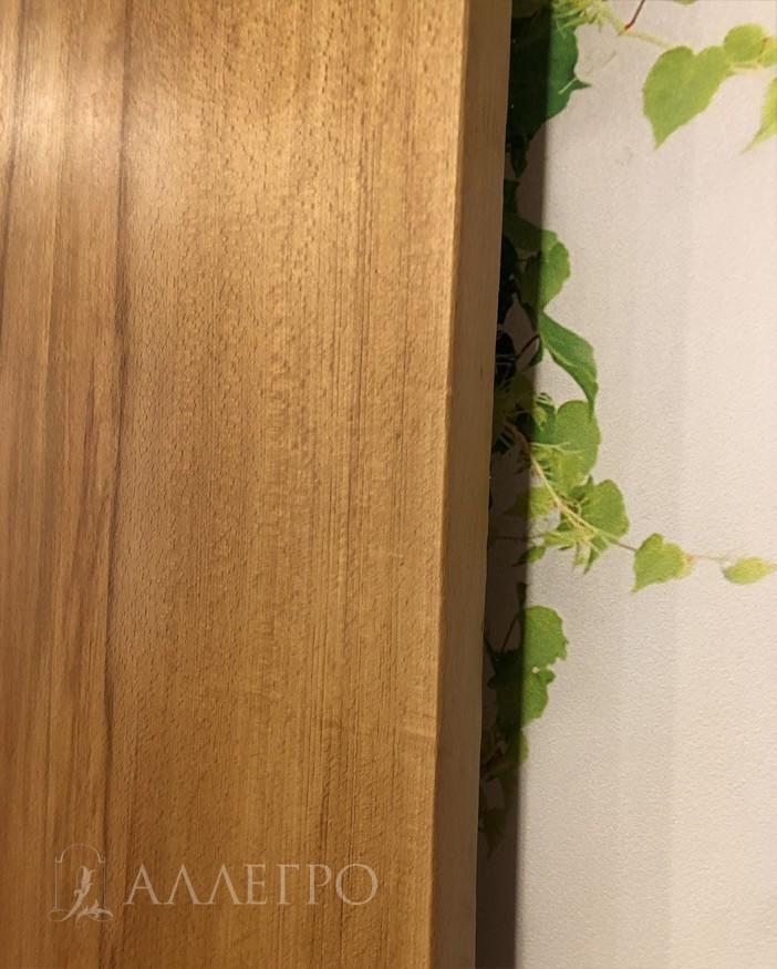 Обработанная кромка слэба. Толщина изделия 40 мм