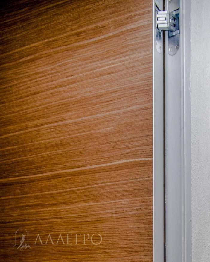 Скрытый петли шпонированной двери